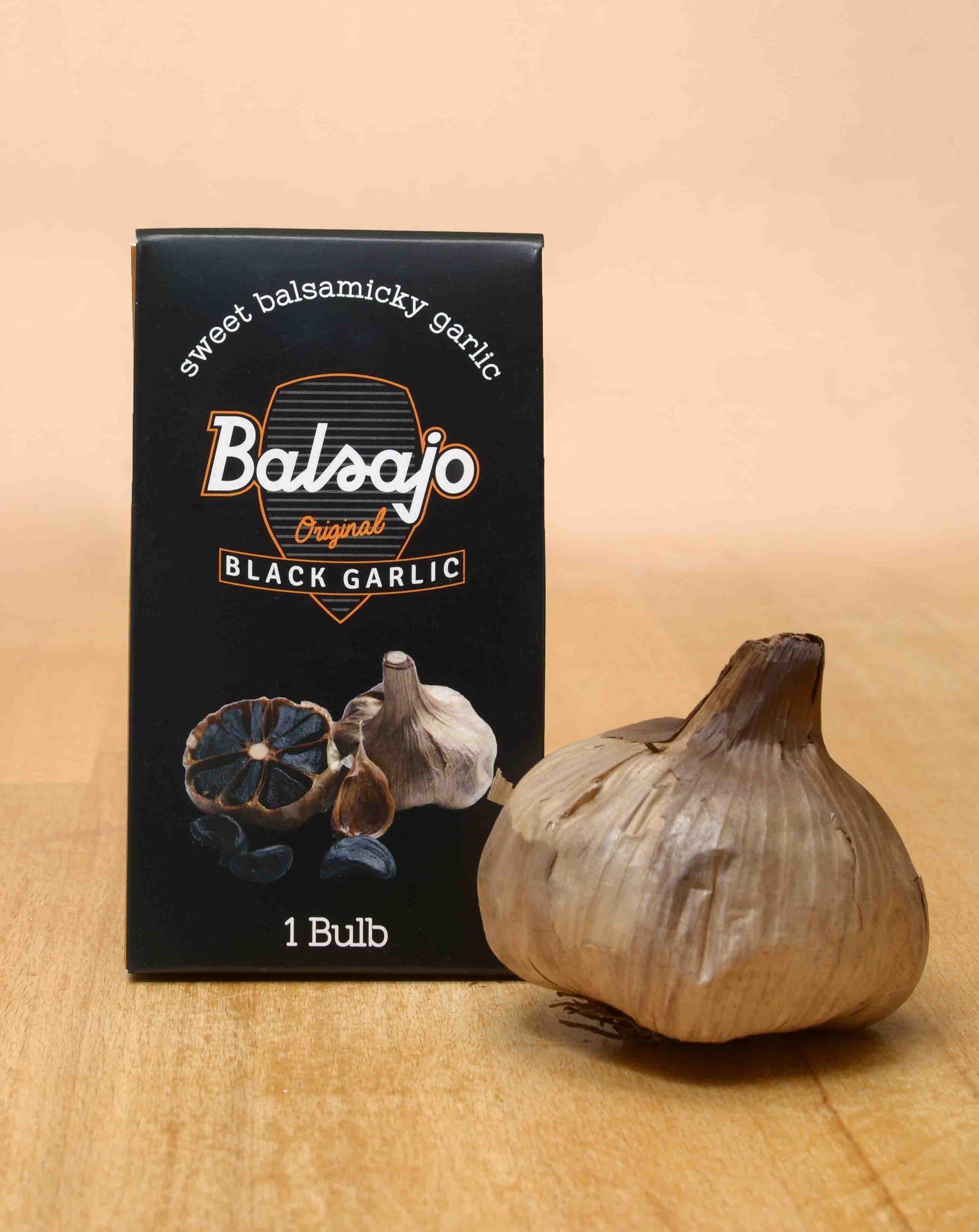 Balsajo Black Garlic bulb