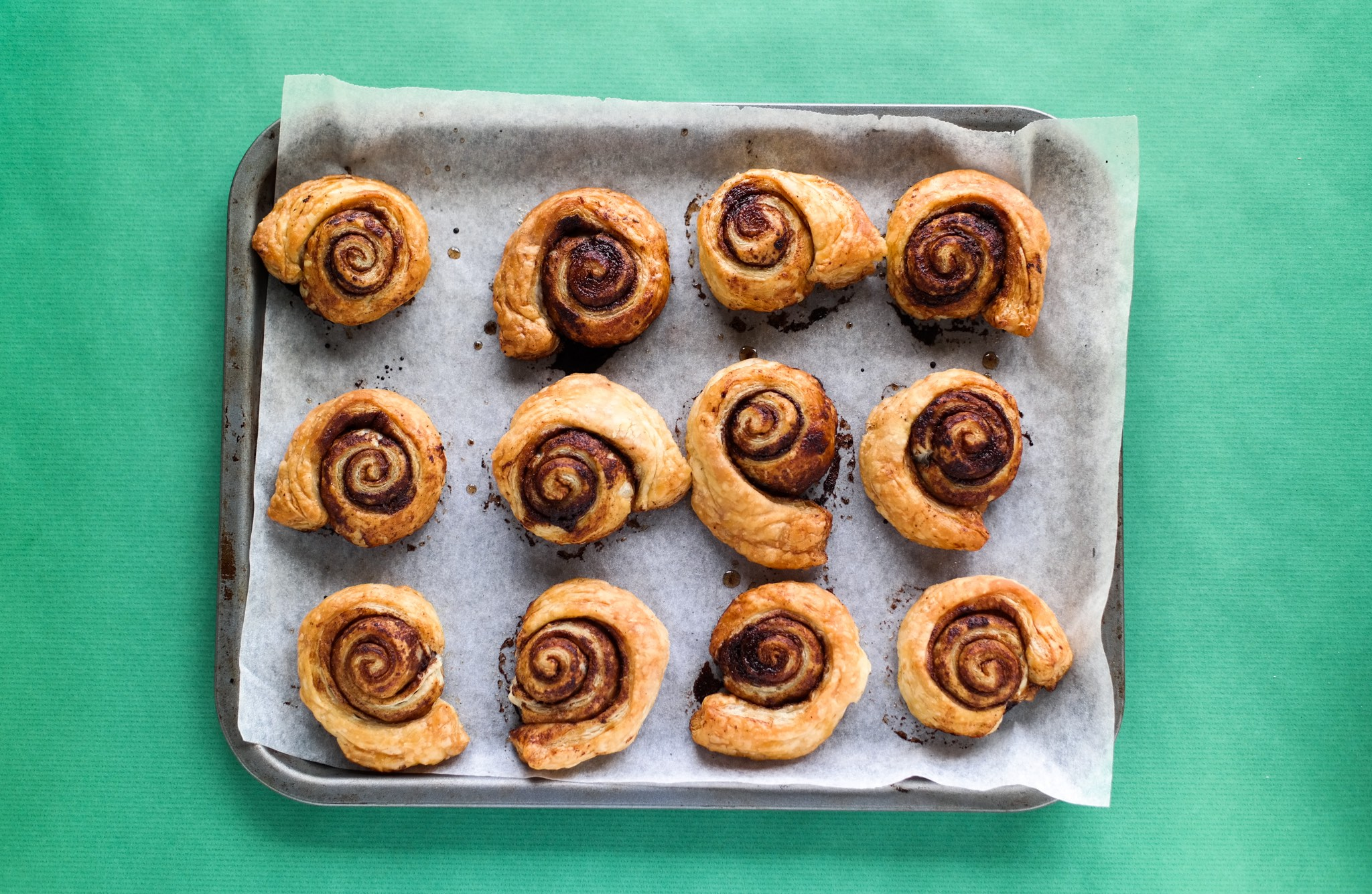 Baked christmas spiced cinnamon swirls recipe