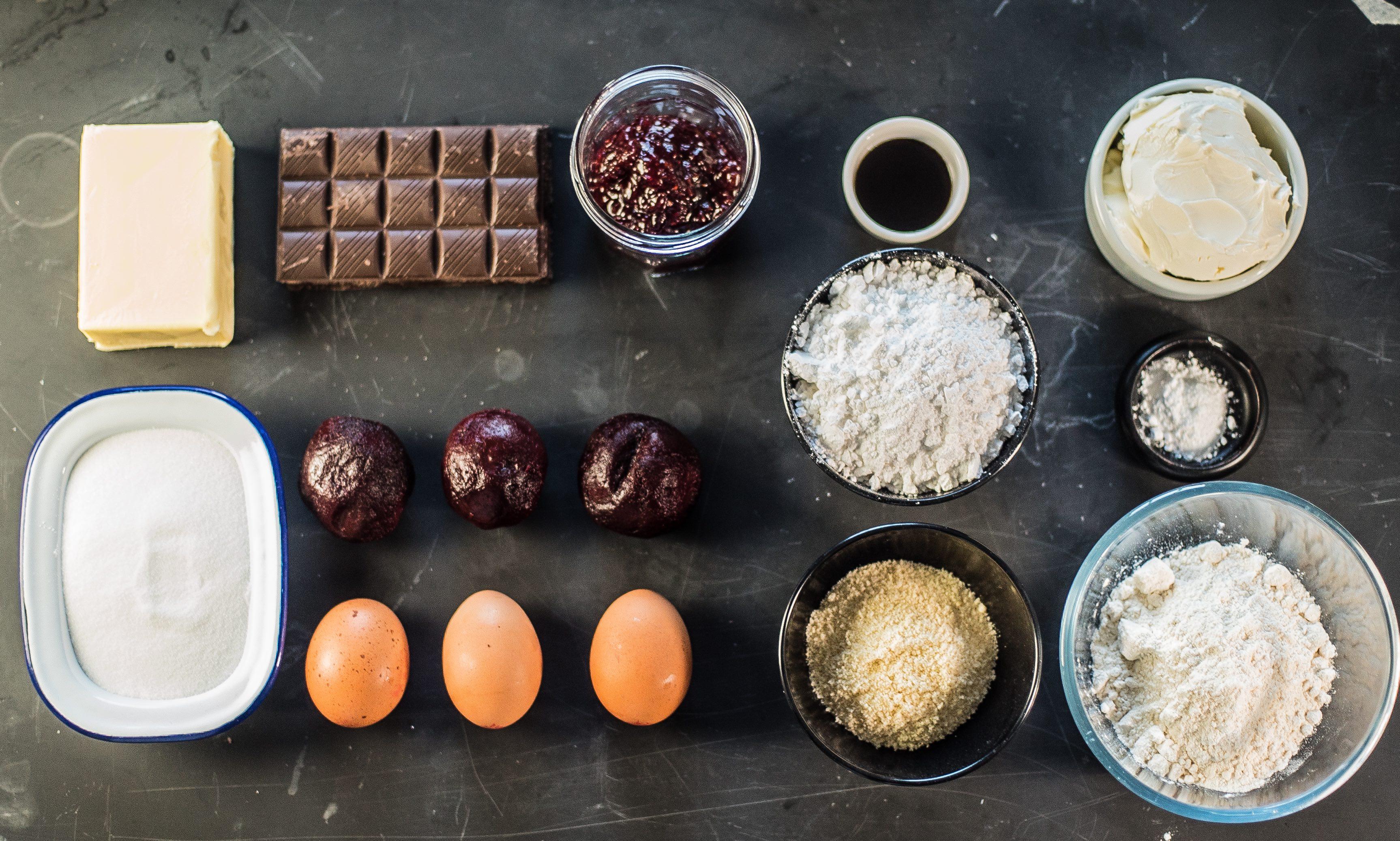No Heart-Beet Halloween Cake Ingredients